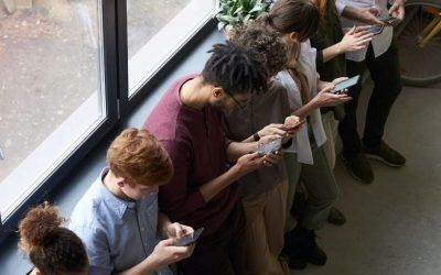 ¿Mi hijo tiene adicción a las redes sociales? El caso extremo de la ballena azul